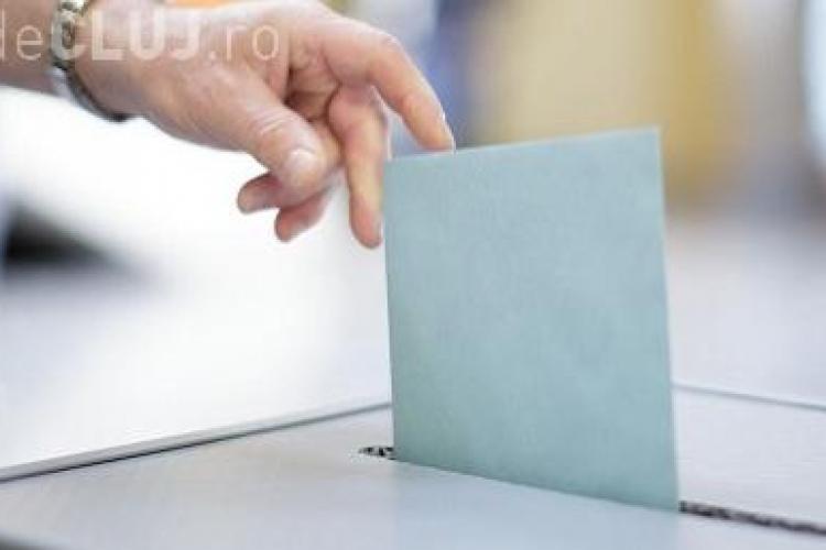 Dacă duminică ar fi alegeri, PSD ar avea 35%, PNL - 19%, iar ALDE - 10%