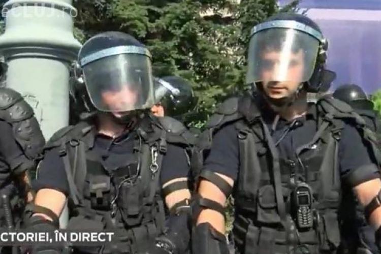 Jandarmii au folosit gaze lacrimogere împotriva protestatarilor din București - VIDEO