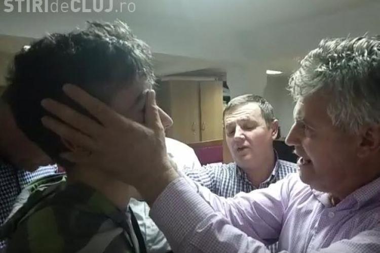 Minune la Cluj? Un tânăr susține că și-a recăpătat vederea cu ajutorul unui misionar din SUA - VIDEO