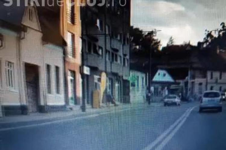 Accident LIVE! Motociclist lovit pe Moților, când schimba banda. Cine e de vină? - VIDEO