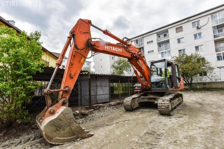 Boc anunța că demolează garajele din Manaștur. Ce pune în loc