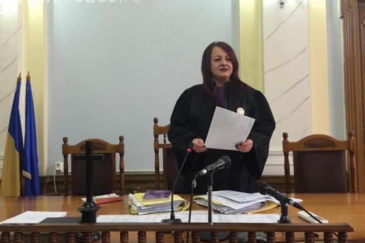 Judecătoarea Adina Lupea de la Cluj îi apără pe jandarmi