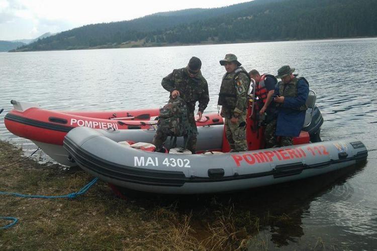 Scafandrii militari au STOPAT căutările directorului APIA în lacul de la Beliș