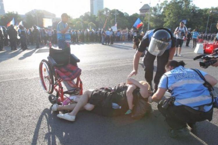 IMAGINEA protestelor din VINEREA NEAGRĂ a ROMÂNIEI - FOTO
