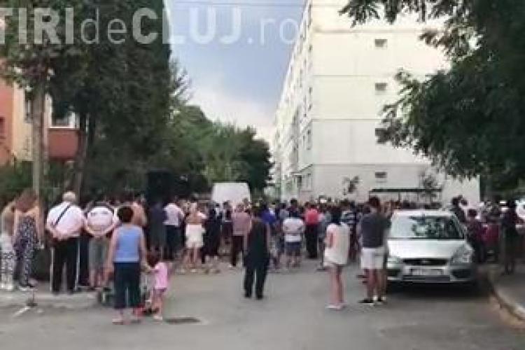 Cluj - Nunțile cu manele între blocuri încă sunt gustate de clujeni - VIDEO