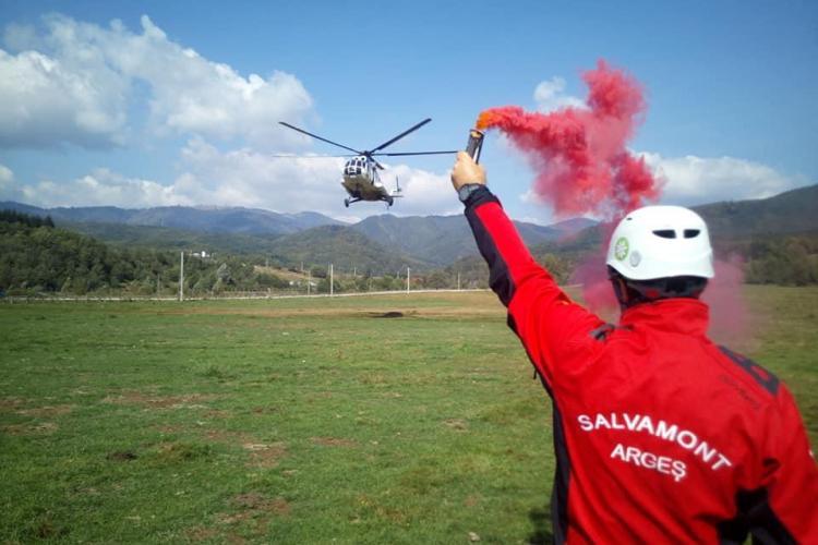 Elicopterul Unității Speciale de Aviație Cluj la un exercițiu post-cutremur