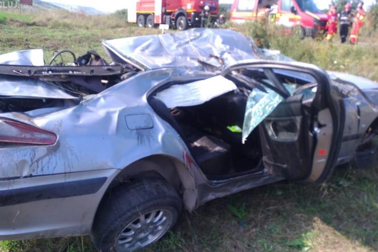 Accident grav în Apahida (Pata). S-a răsturnat cu mașina și apoi a fugit - FOTO