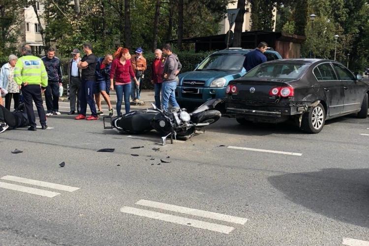Motociclist rănit în urma unui accident rutier. Era băut FOTO