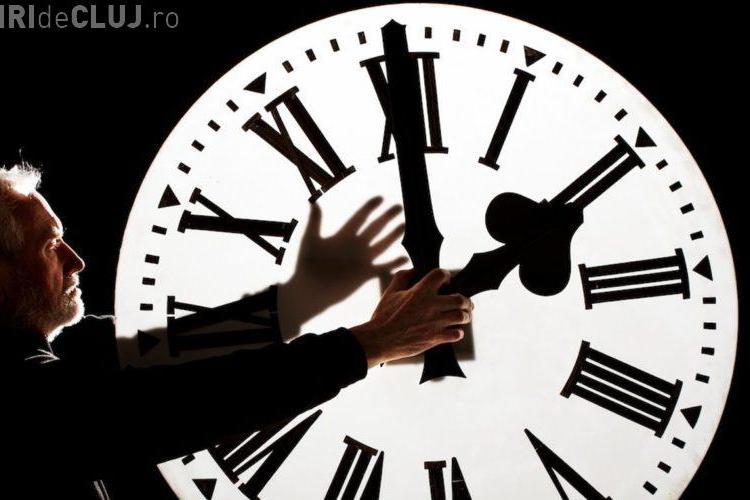 România trebuie să decidă dacă renunță la schimbarea orei