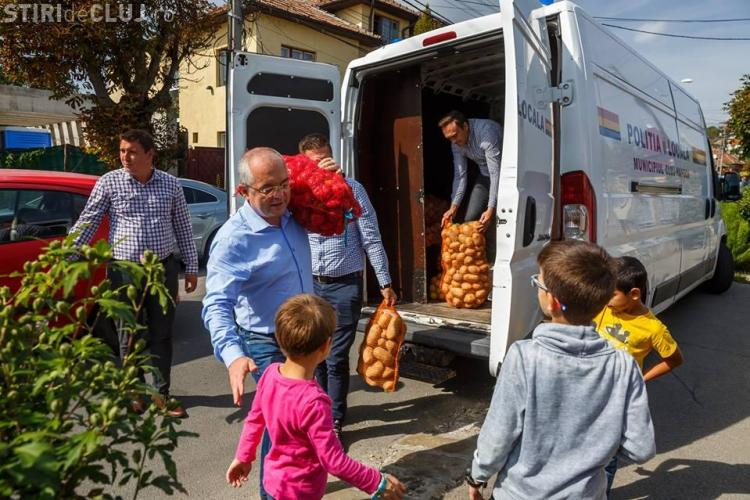 Sute de kilograme de alimente, donate la Cluj pentru copiii și persoanele din centrele de îngrijire