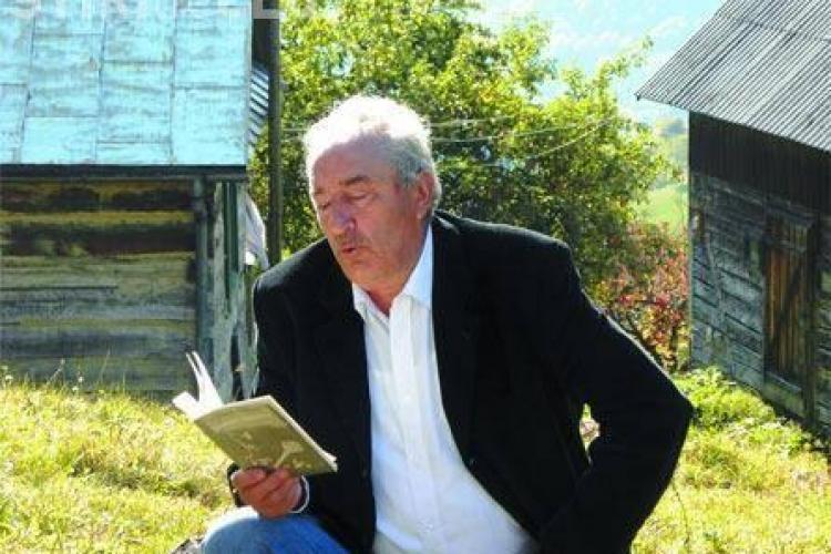 A murit poetul Vasile Dâncu