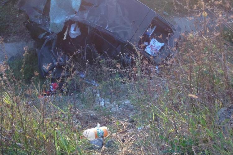 Accident mortal la Turda! O femeie a murit și alte 4 persoane rănite - FOTO