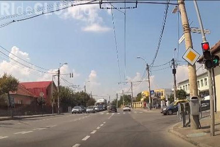 Șicanare în trafic lângă podul IRA! Taximetristul și-a piedut cumpătul - VIDEO