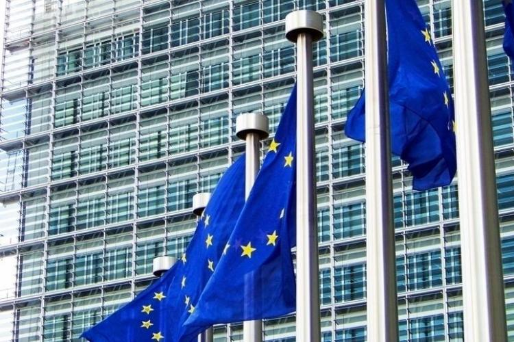 Comisia UE transmite noi mesaje de avertizare pentru Guvern: Urmărim cu îngrijorare noile modificări ale legilor justiției