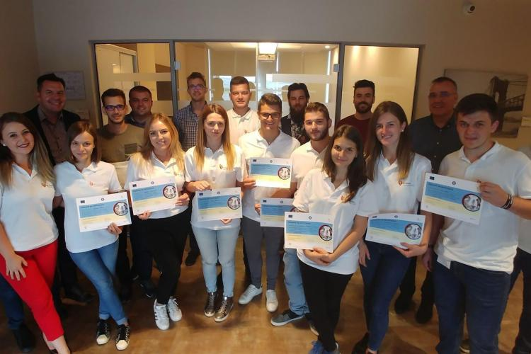 Studenții și masteranzii fac stagii de practică remunerate la Banca Transilvania