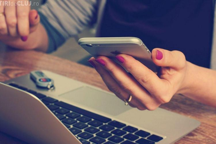 Femeie condamnată la închisoare după ce s-a uitat în telefonul soţului fără permisiunea lui