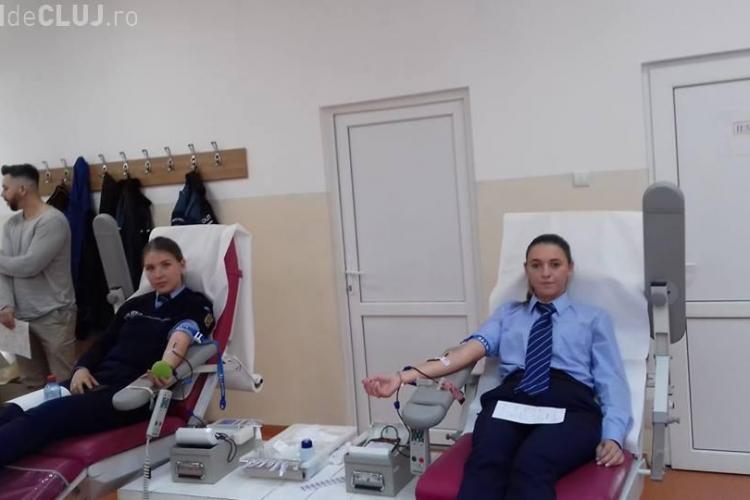 Elevii de la Școala de Agenți de Poliție Cluj-Napoca au donat sânge - FOTO