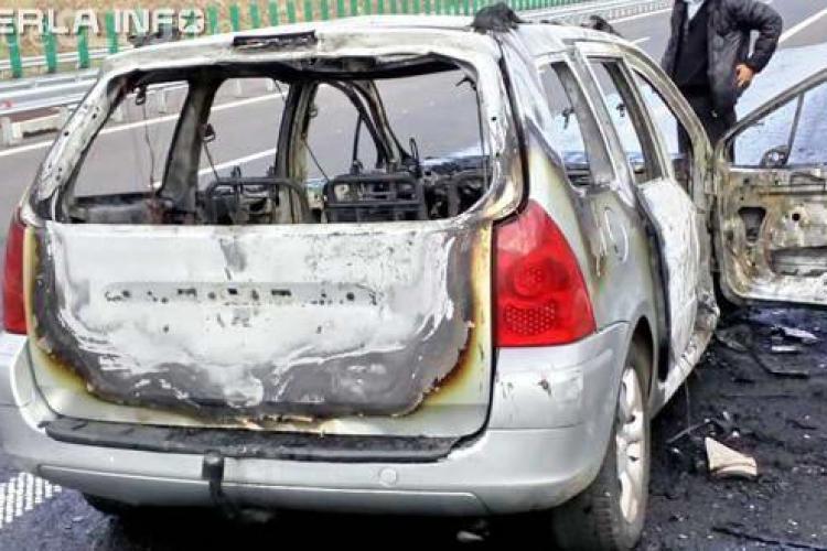 CLUJ: Unui șofer i s-a făcut scrum mașina chiar pe Autostradă VIDEO
