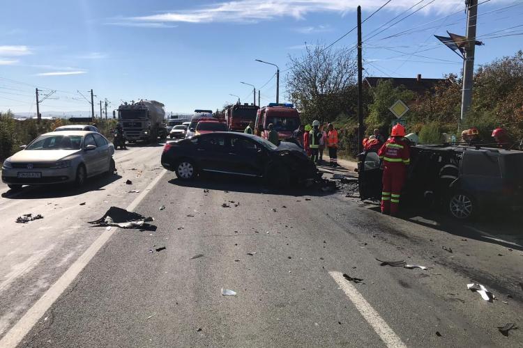 Accident grav, cu multiple victime, la Jucu! Trei autoturisme implicate FOTO și VIDEO