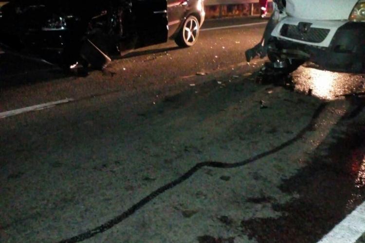 Accident pe varianta Clujului. Trei persoane au fost rănite FOTO