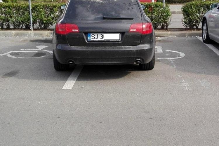 Cluj: Mi-ai luat parcarea, ia-mi și handicapul - FOTO