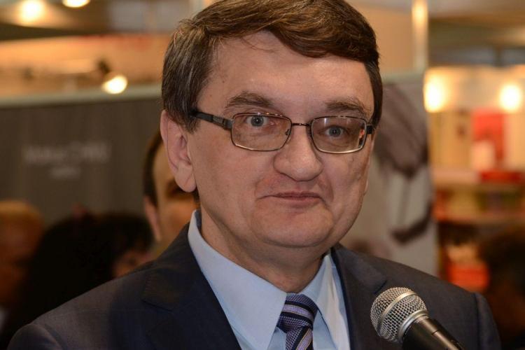 Contre între Victor Ciorbea și jurnaliști: Tu nu auzi că am delegat? Taci din gură odată!