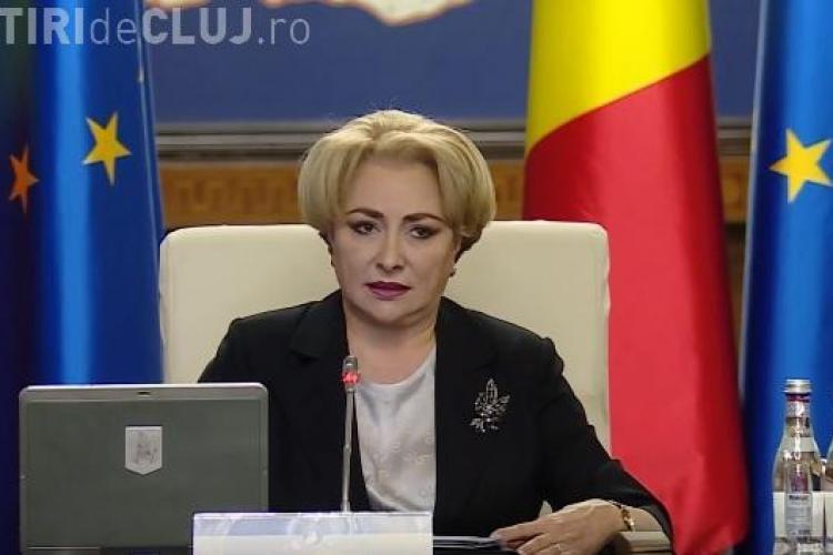"""Dăncilă fuge de presă: """"Nu are scrise răspunsurile"""""""