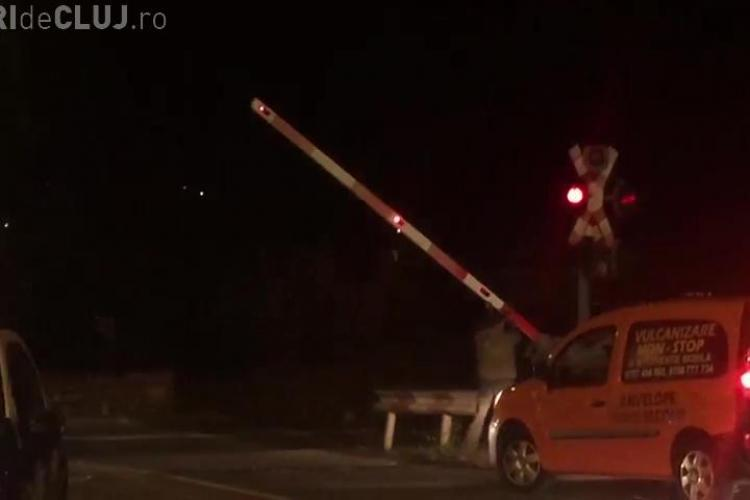 S-a blocat bariera de pe Tăietura Turcului. Situația este periculoasă - VIDEO