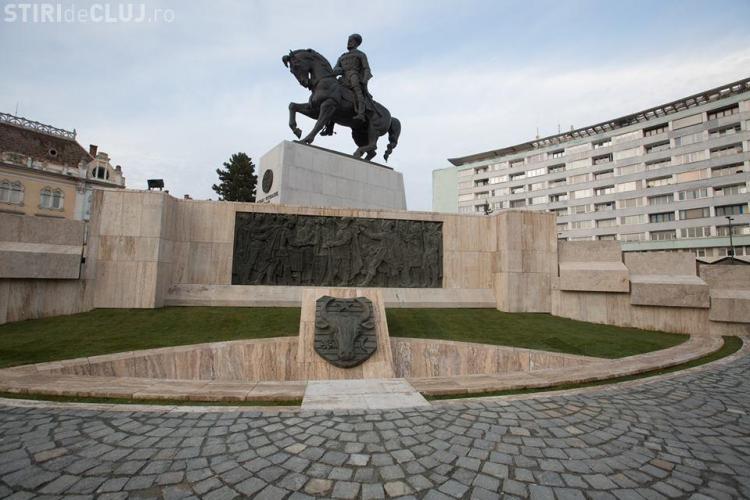 Primăria Cluj-Napoca a plătit peste 5,5 milioane de lei pentru renovarea Pieței Mihai Viteazu. Cum arată acum VIDEO