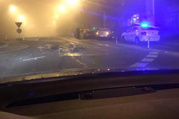 Accident încheiat cu scandal, în Mănăștur. Un șofer beat a fost imobilizat de polițiști FOTO