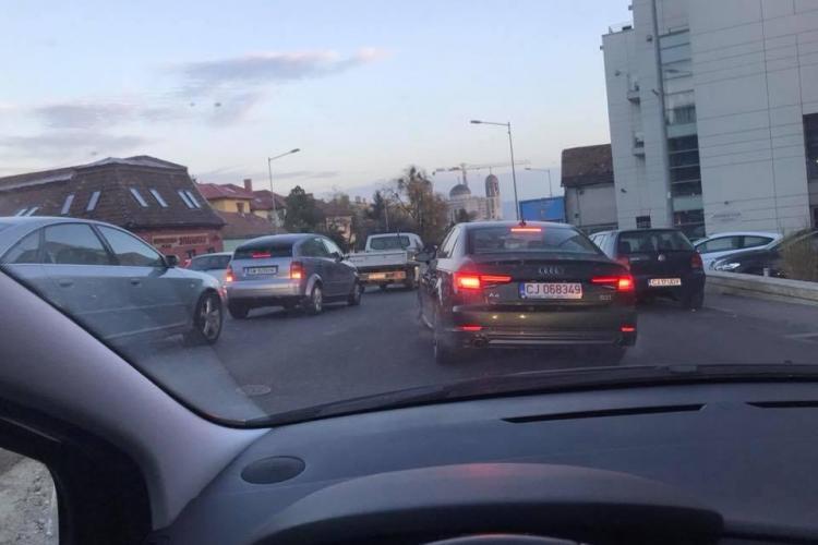 Calea Turzii și Calea Mănăștur, calvar pentru șoferi în fiecare dimineață - FOTO