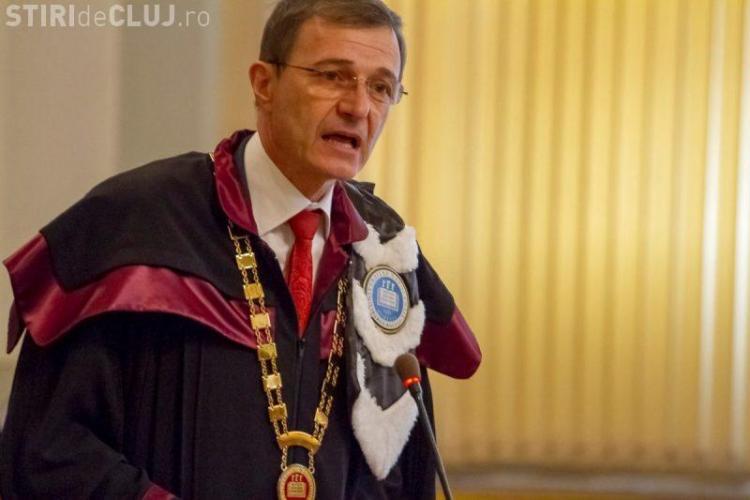 Profesorul Ioan Aurel Pop, rector al UBB: Cei care vor spitale în loc de catedrale nu sunt creștini