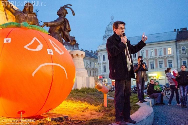Clujean amendat de jandarmi după ce a convocat pe Facebook un protest