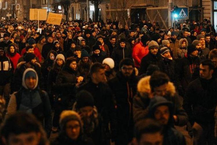 Protest duminică, la Cluj: Noi rămânem în Europa, voi plecati. Demisia și anticipate!