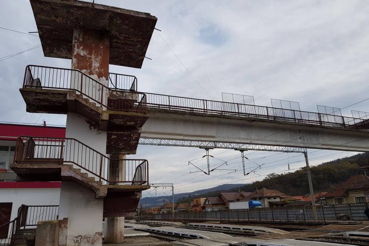 Pasarela pietonală din Gara Gherla va fi modernizată în 2019 - FOTO
