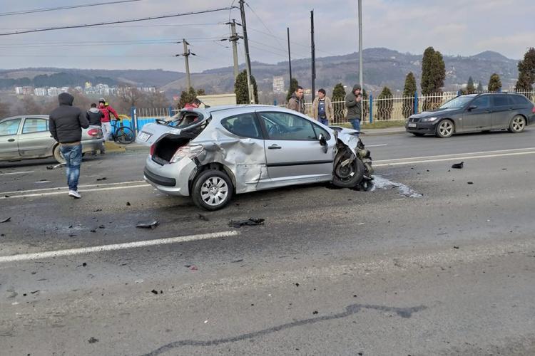 Accident în lanț lângă VIVO în Florești - VIDEO
