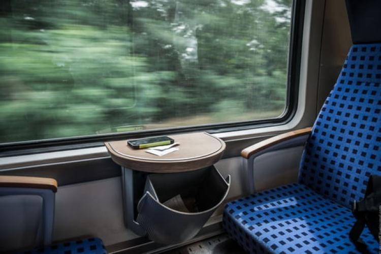 Nu trebuie inventată apa rece! Clujul are tren metropolitan, dar nu știe