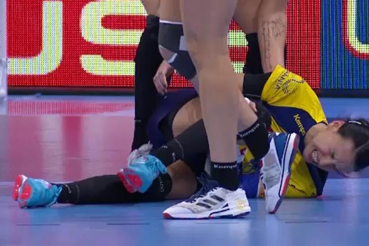 Cristina Neagu s-a accidentat grav în meciul cu Ungaria. România a pierdut