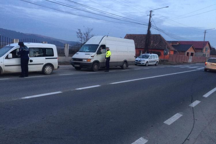 Aproape 400 de vitezomani și pietoni care traversează neregulamentar, amendați la Cluj FOTO