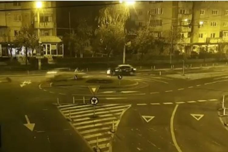 """Fast and Furious"" de Cluj! Cum gonea prin oraș un șofer RUPT de beat la volan VIDEO"
