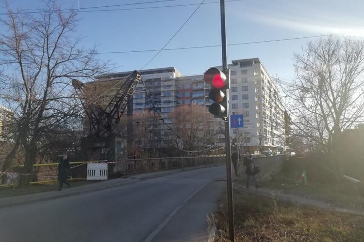 """Primăria lui Boc este pe primul loc la """"gargară"""". Exemplul este Podul Porțelanului - FOTO"""
