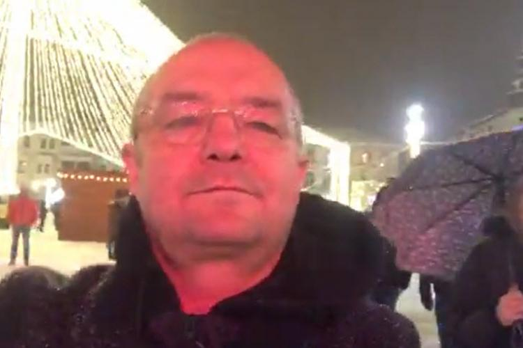 """Emil Boc a """"descins"""" la Târgul de Crăciun și a făcut un gest de normalitate - LIVE VIDEO"""