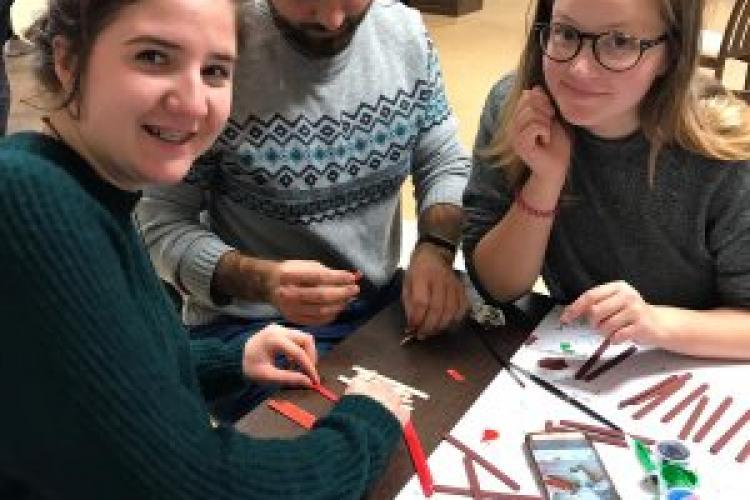 Târg de Crăciun caritabil la USAMV Cluj pentru achiziționarea unei ambulanțe SMURD