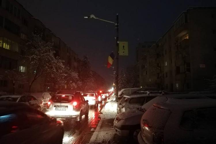 Clujul e SMART, dar pe întuneric. Străzile sunt în benză și nu e nimic de făcut- FOTO