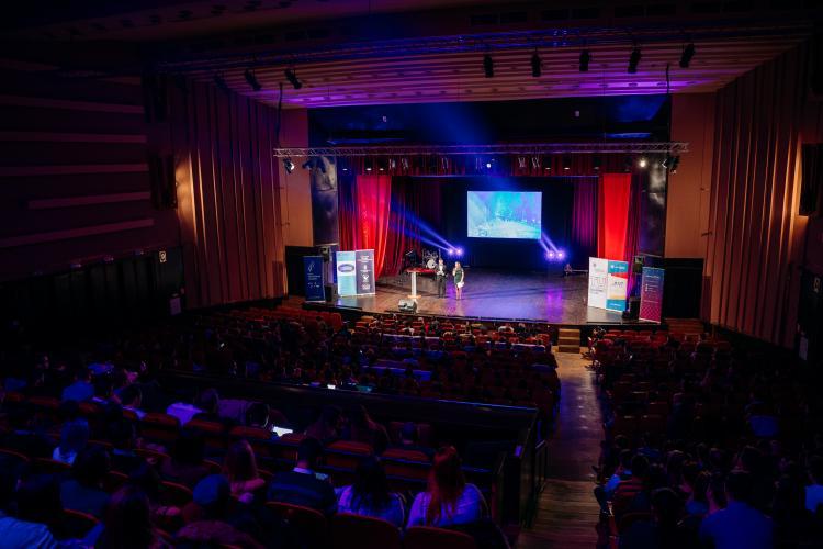 Gala Tineretului Clujean 2018 a premiat tinerii voluntari care fac diferența - FOTO