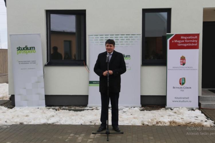 Dăncilă dă salarii, iar Ungaria construieşte locuinţe pentru medicii din Miercurea Ciuc