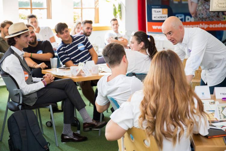 Banca Transilvania susţine EntrepreNation CityStart - competiţie pentru liceeni şi studenţi