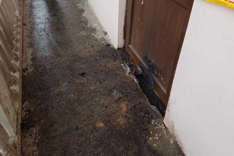 Sediul PSD Cluj a fost incendiat. E a doua oară când cineva îi dă foc VIDEO și FOTO