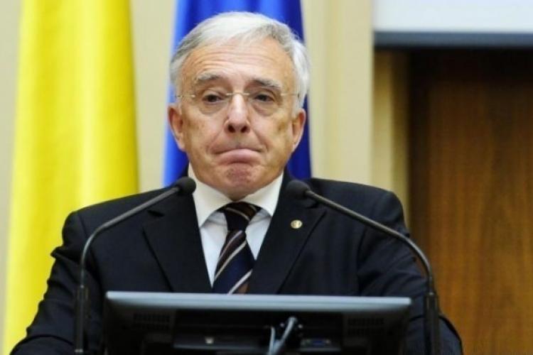 Isărescu, despre taxa de lăcomie: Ne-a mirat și pe noi trăsnaia asta