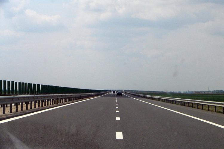 #10YearsChallenge - Autostrăzi în 2009 și 2019. România e repetentă